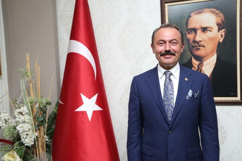 AK Partili Şahin Tin'den Malazgirt Zaferi Kutlama Mesajı