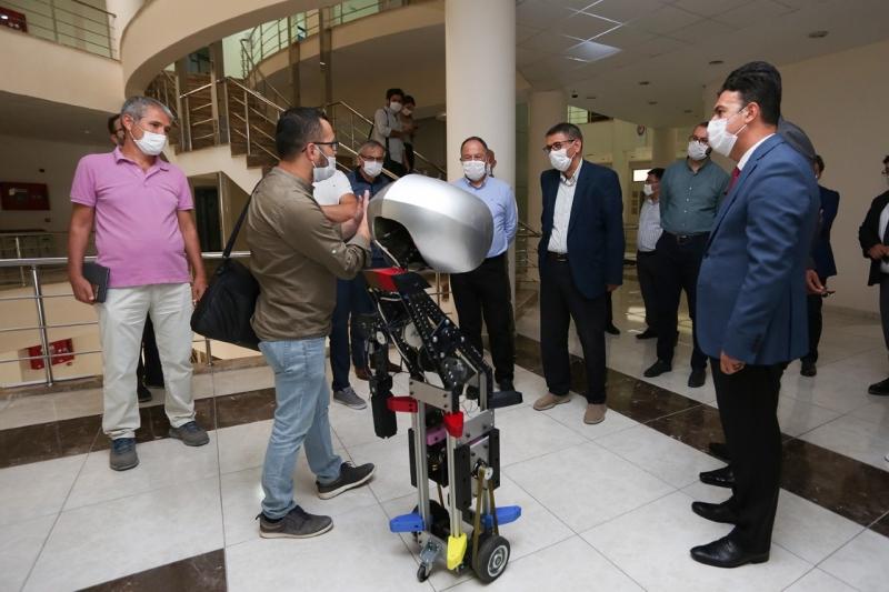 Rektör Vekili Prof. Dr. Kutluhan, Pamukkale Teknokent'te Bir Dizi İncelemelerde Bulundu