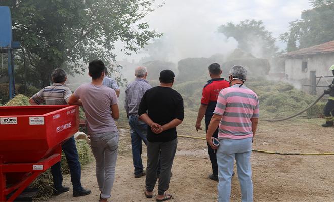 Sarayköy'de samanlık yangını! Çok sayıda ekip müdahale etti!