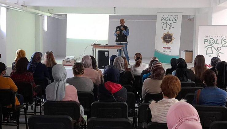 "Denizli'de Narko-Rehber ""En İyi Narkotik Polisi Anne"" semineri verildi!"